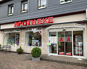 Apotheke Hatzfeld Schaufensterbeschriftung und Leuchtreklame